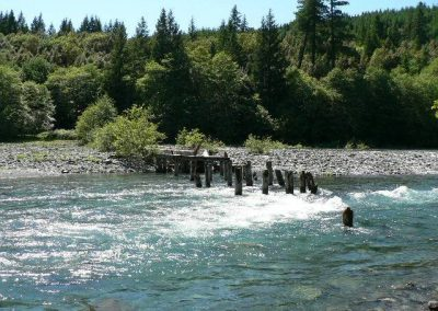 chetco-river-5-06a